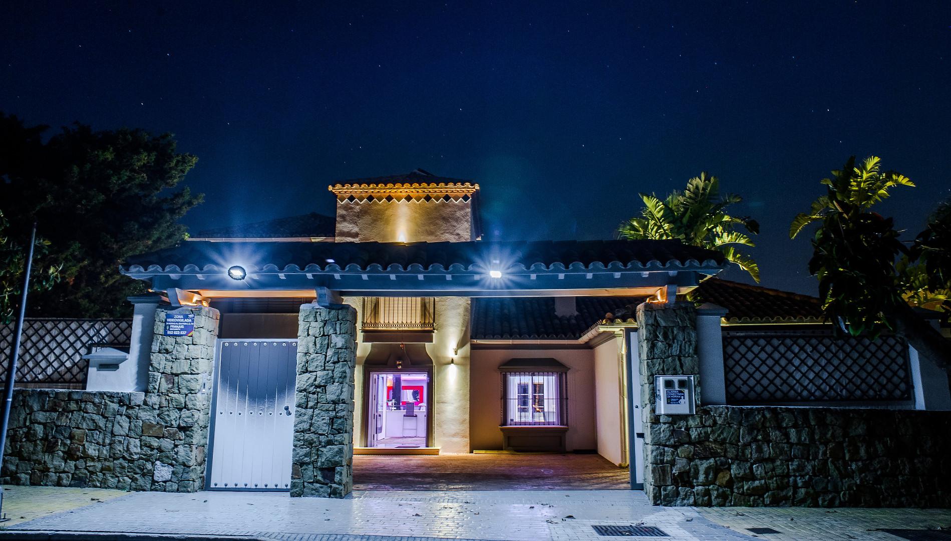 Photo: Villa in Marbella East
