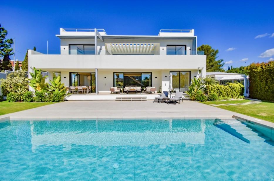 ARFV1891 - Neubauvilla zum Verkauf in Lomas del Marbella Club an der Goldenen Meile in Marbella