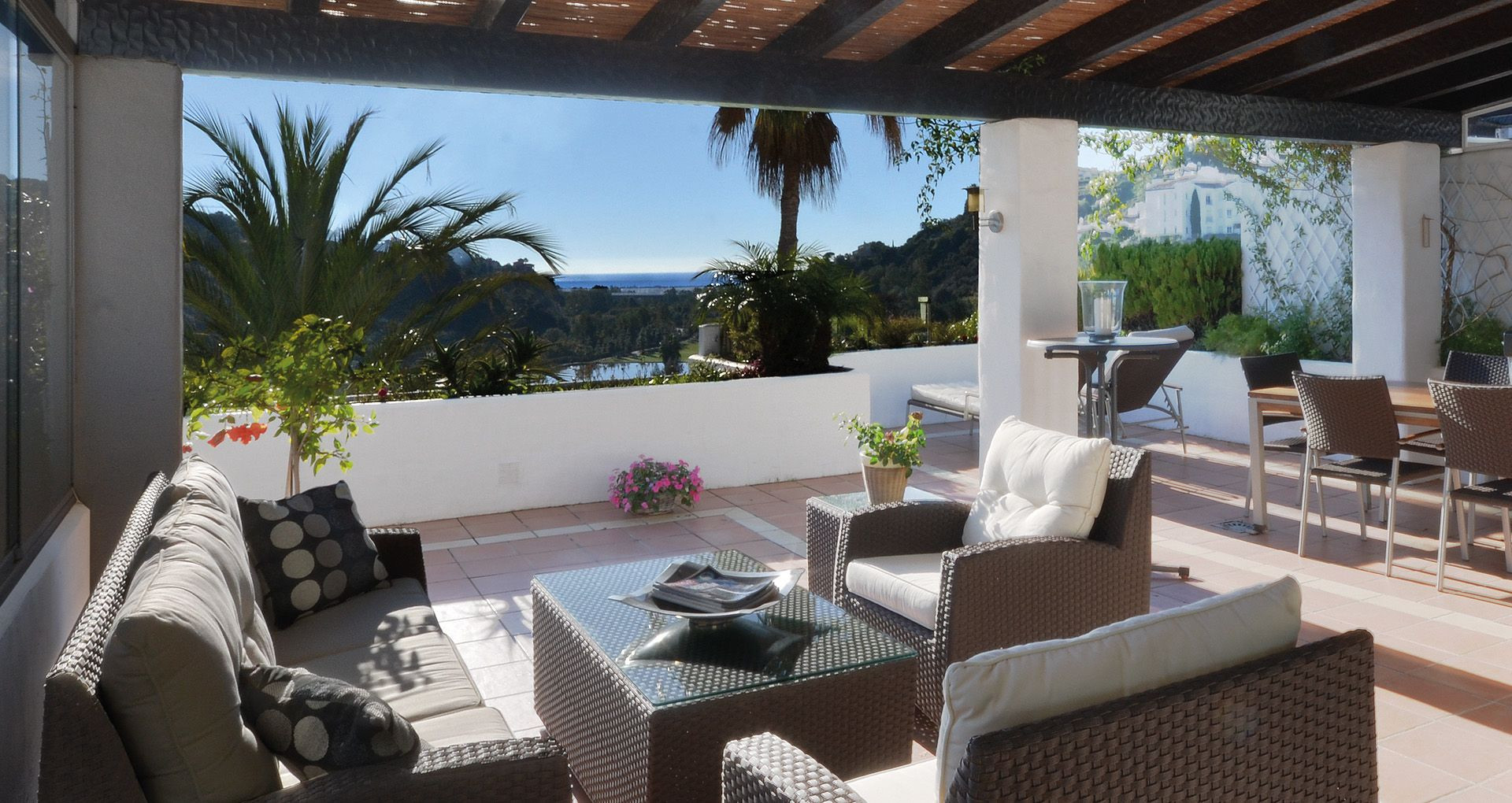 ARFA1159 - Elegantes Duplex-Penthouse zum Verkauf in Lomas de La Quinta in Benahavis