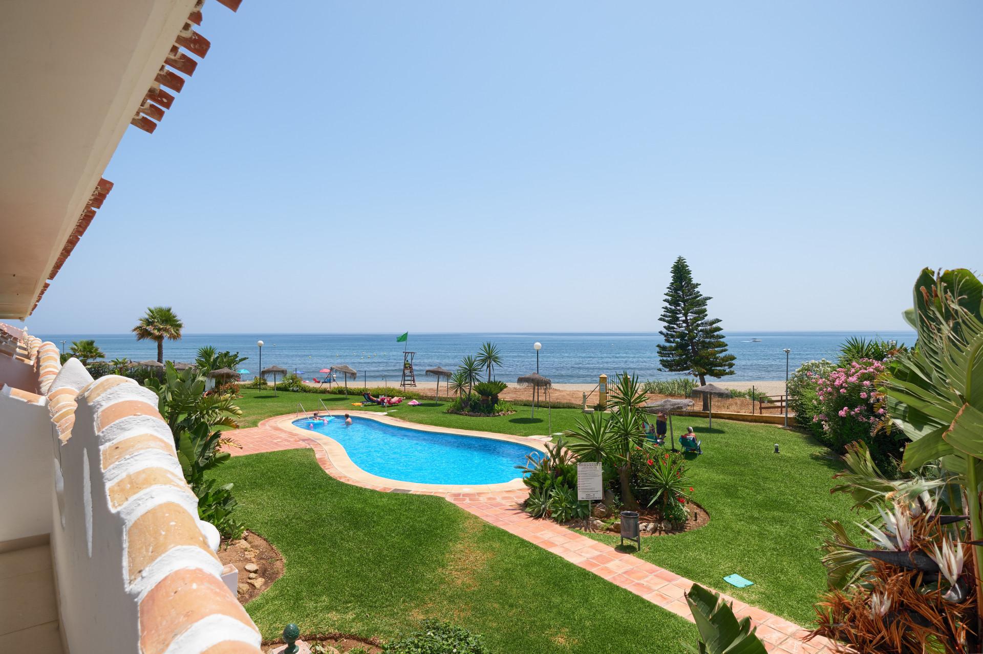 ARFA1366-306 - Renovierte Strandwohnung bei Calahonda zu verkaufen