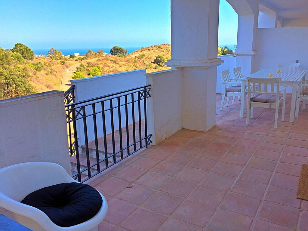 ARFA1409 - Wohnung mit Meerblick in Los Altos de Los Monteros in Marbella