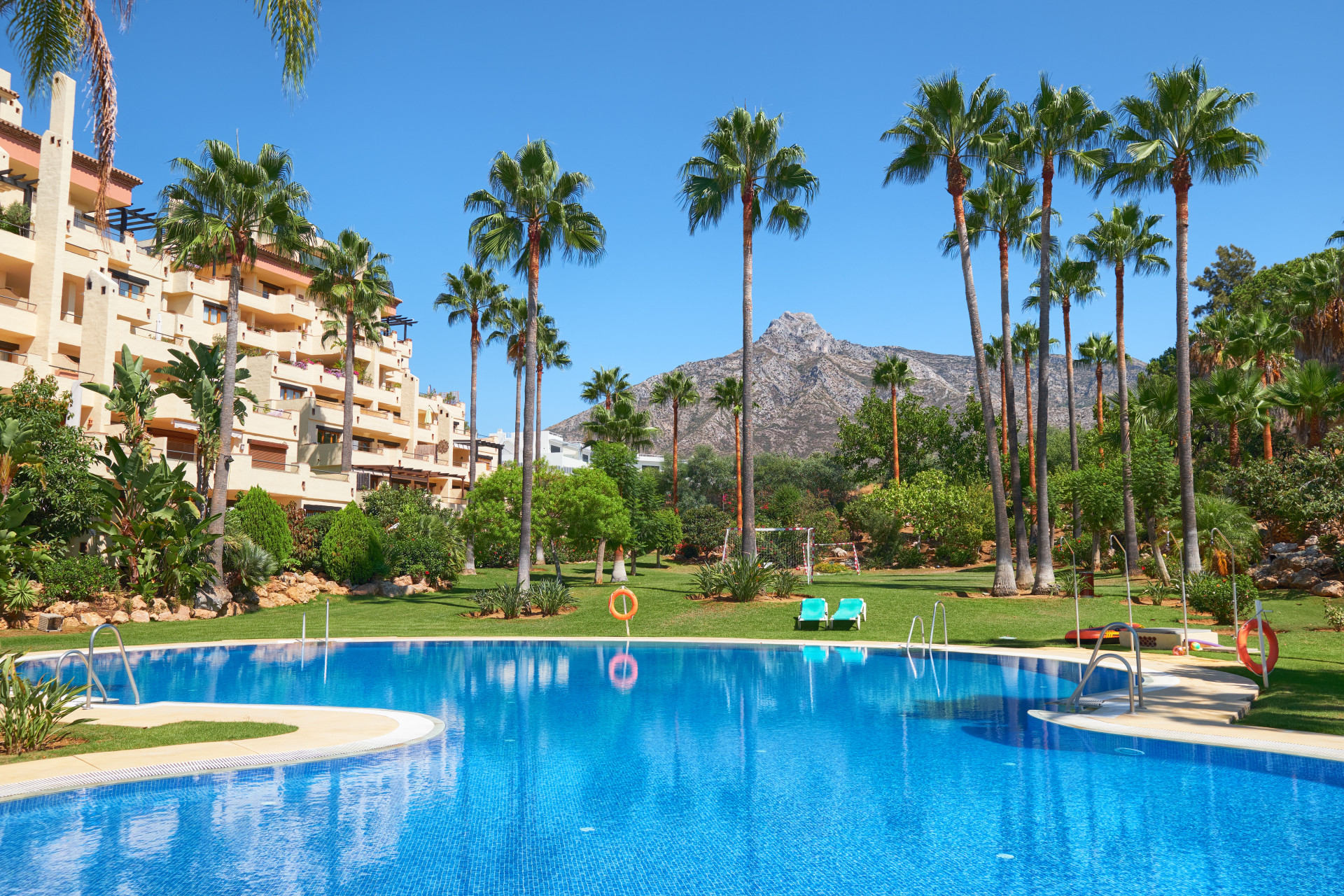 Luxueus penthouse aan de Golden Mile van Marbella