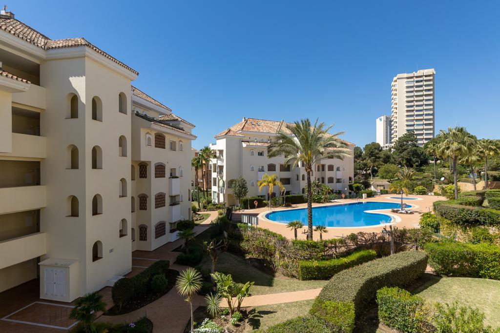 ARFA1438 - Wunderschöne Strandwohnung zum Verkauf in Elviria in Marbella