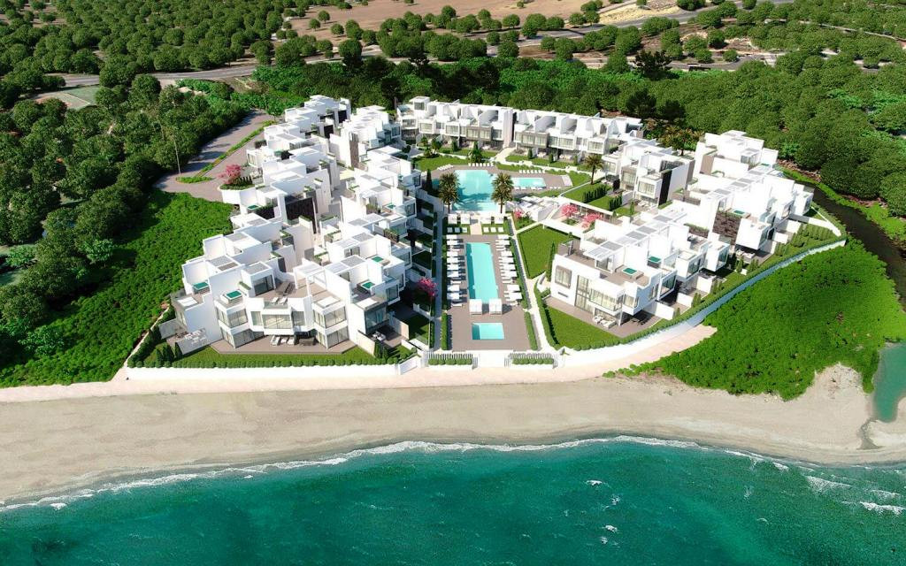 House for sale in Estepona Playa, Estepona