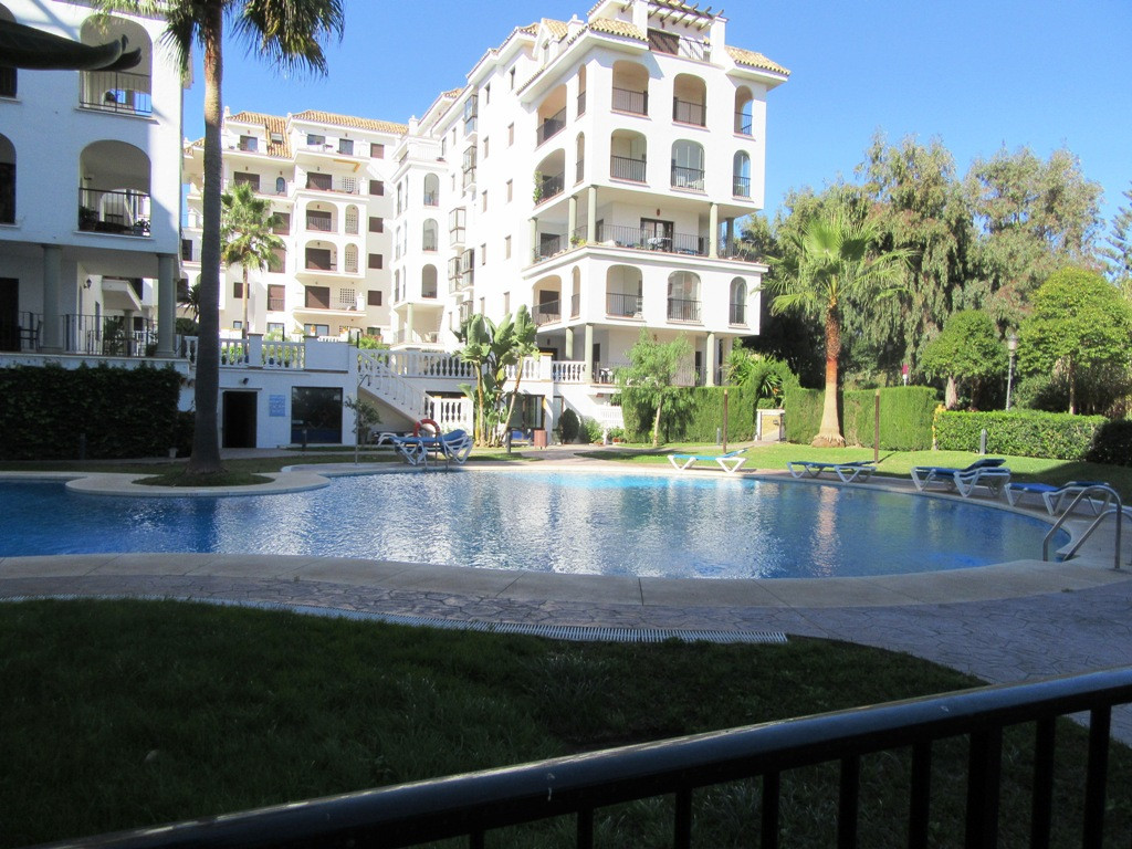 Ground Floor Apartment for sale in Marina Duquesa, Manilva