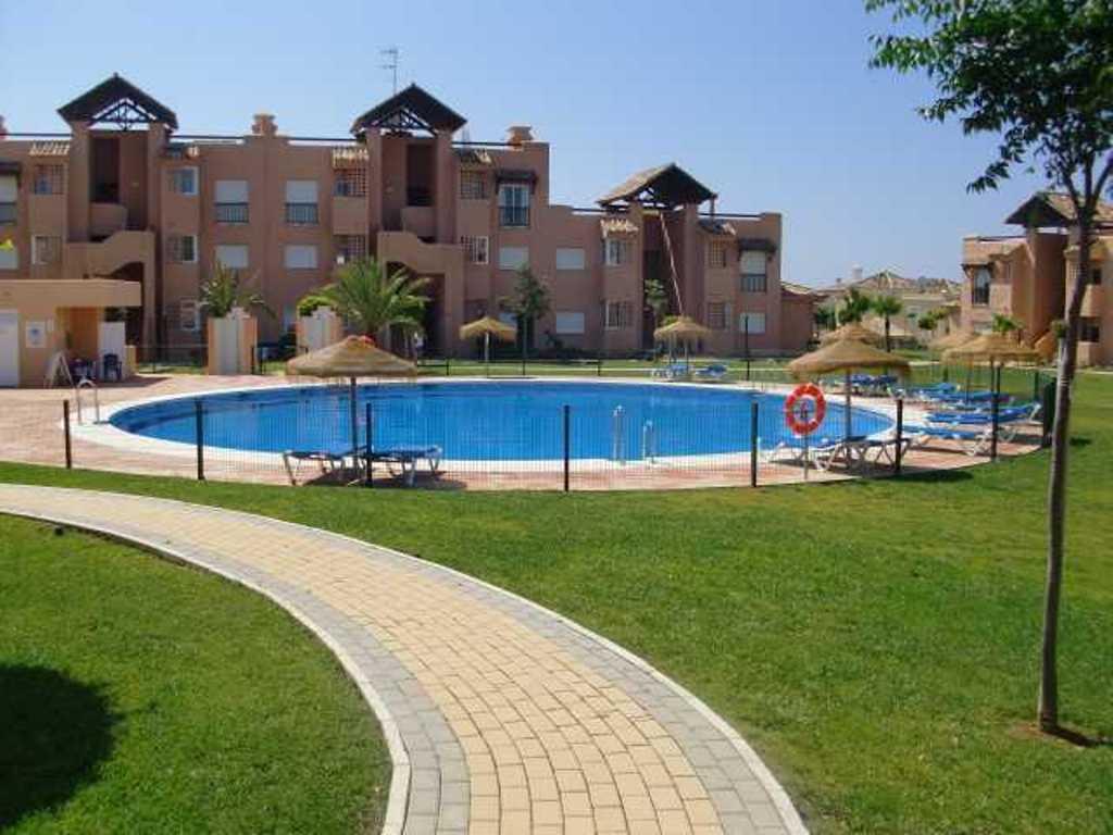 Ground Floor Apartment for sale in Casares del Sol, Casares