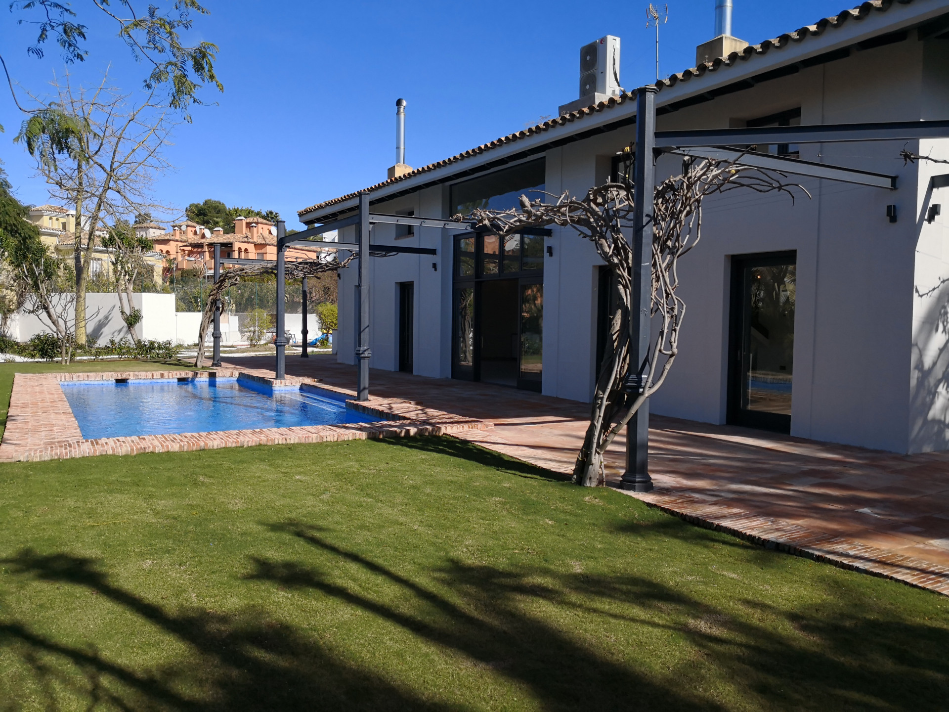 Villa for sale in San Pedro de Alcantara