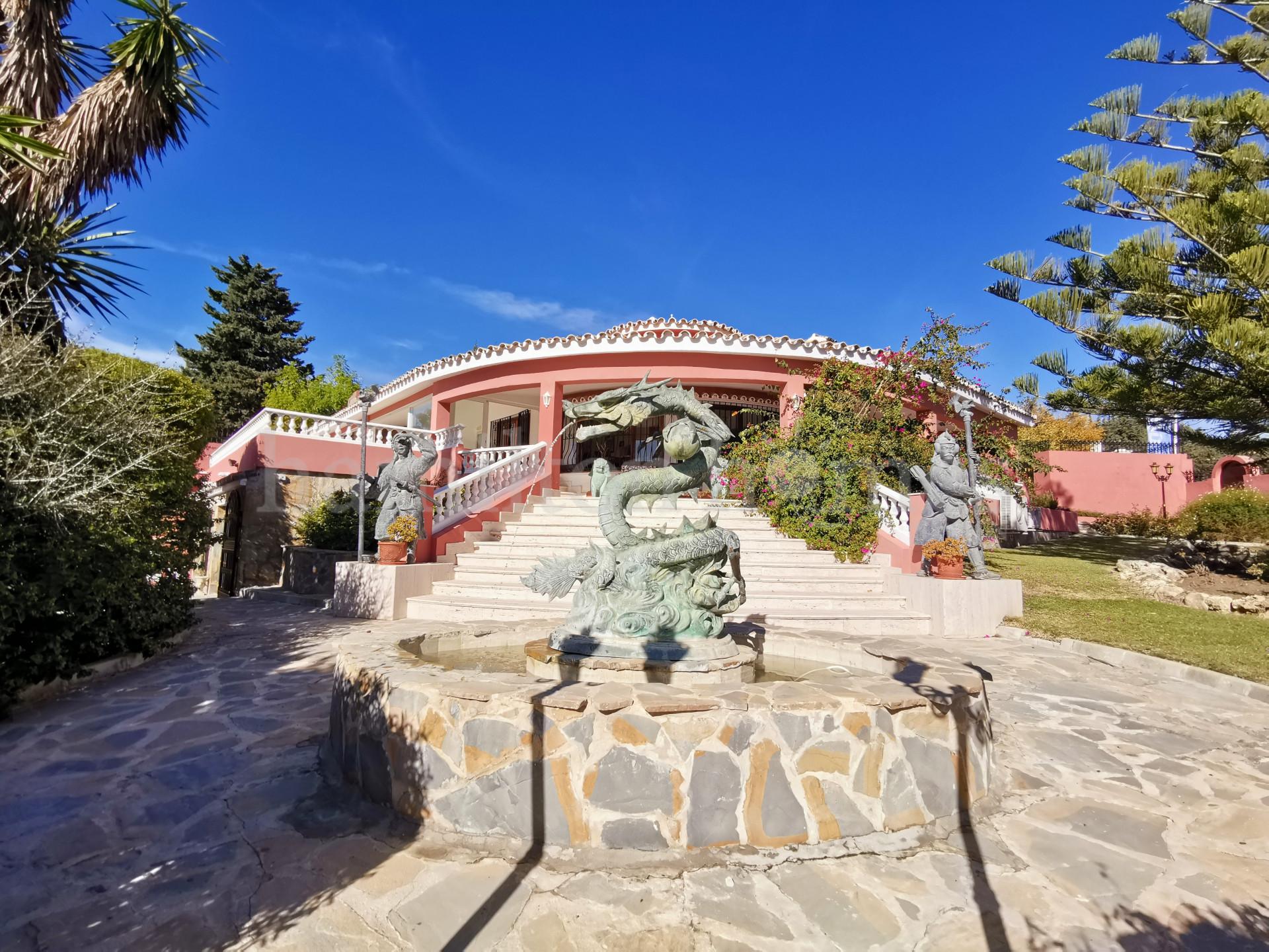 Villa en Don Pedro, Estepona
