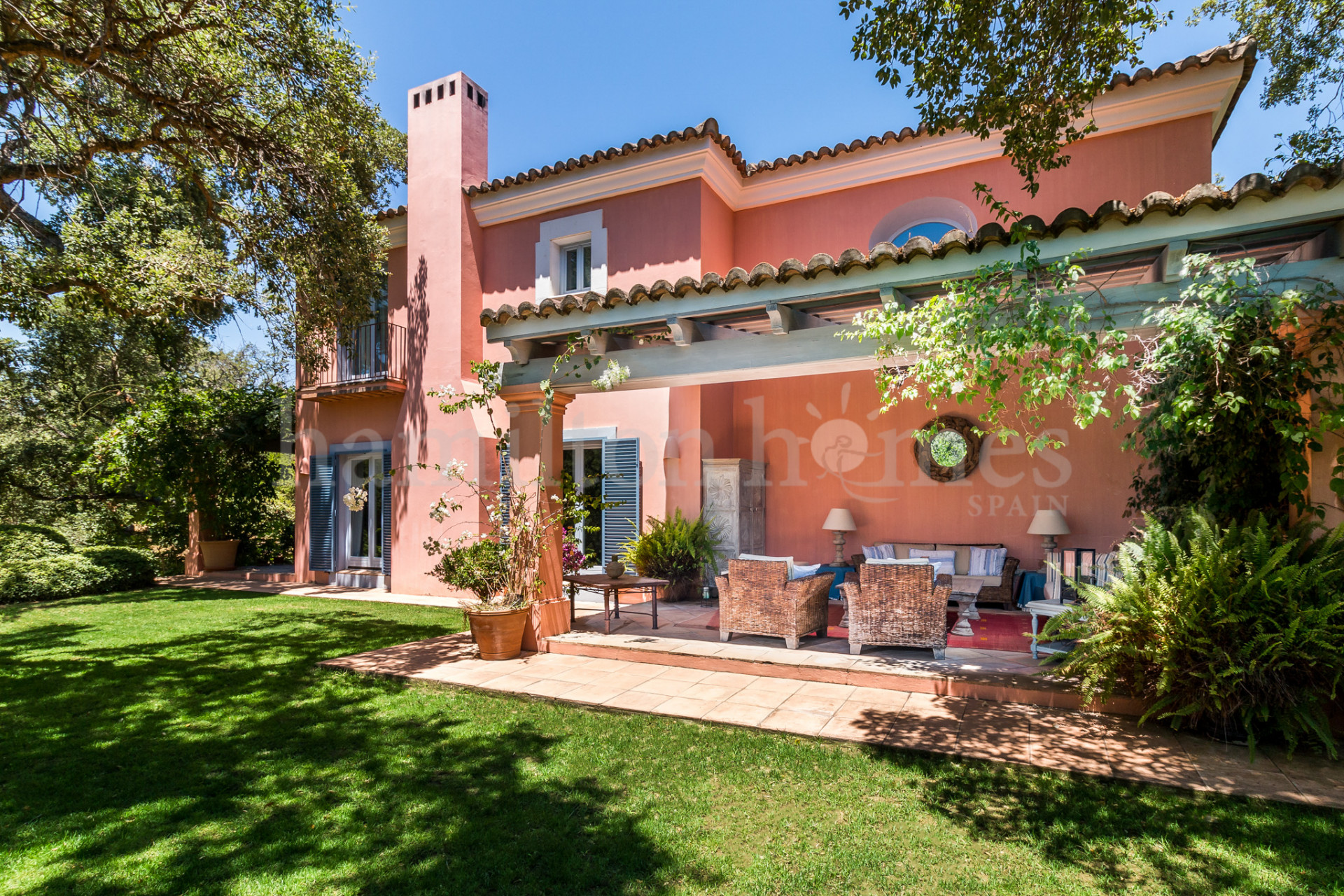 Villa in Los Altos de Valderrama, Sotogrande
