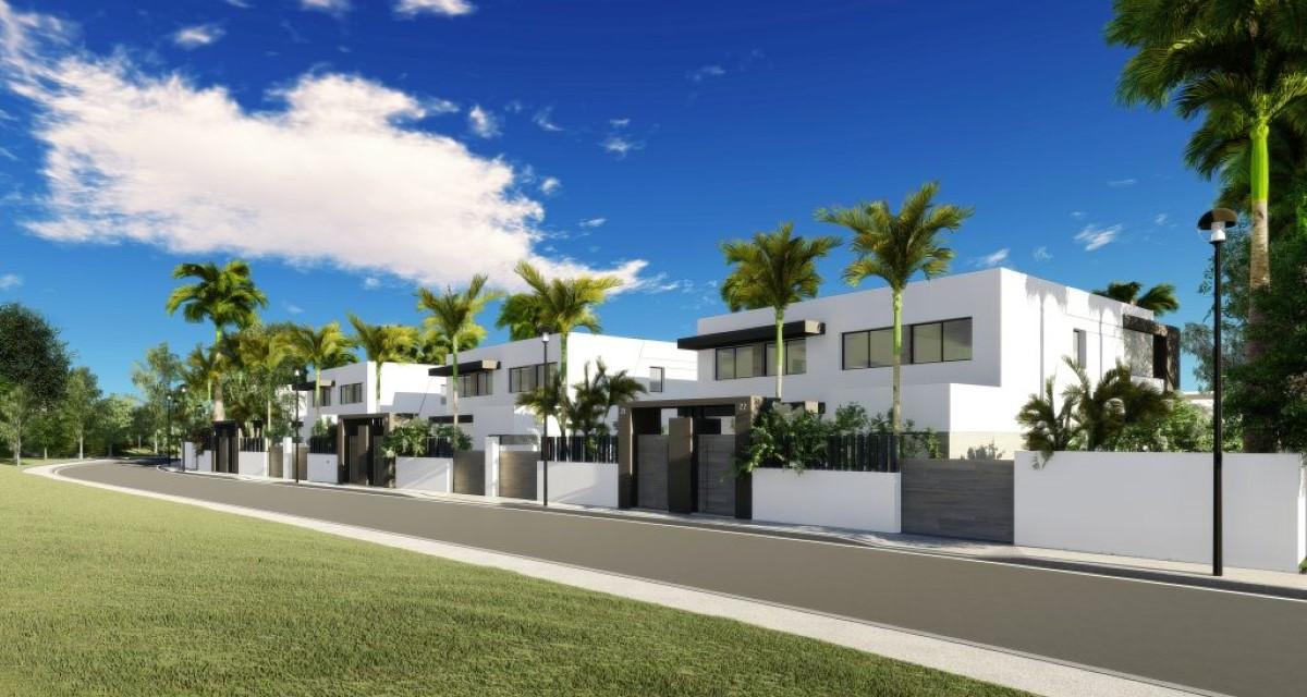 Elegantly Modern Villas For Sale On The New Golden Mile