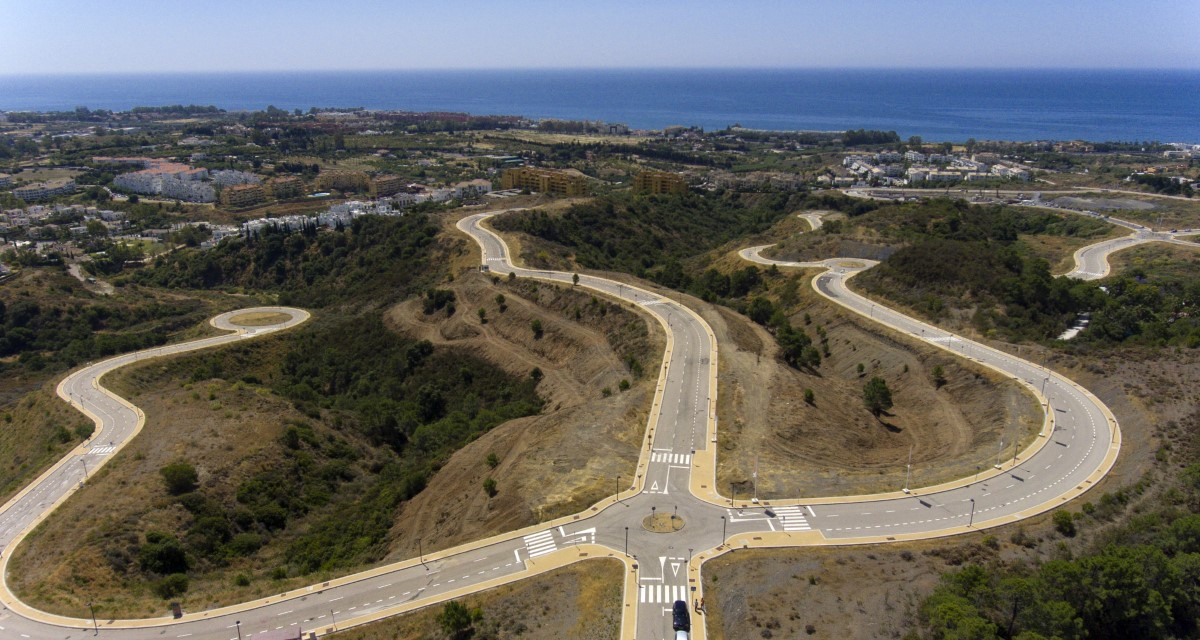**FIRST PHASE NOW AVAILABLE** Brand New Exclusive Luxury Development Of Villas For Sale In Estepona