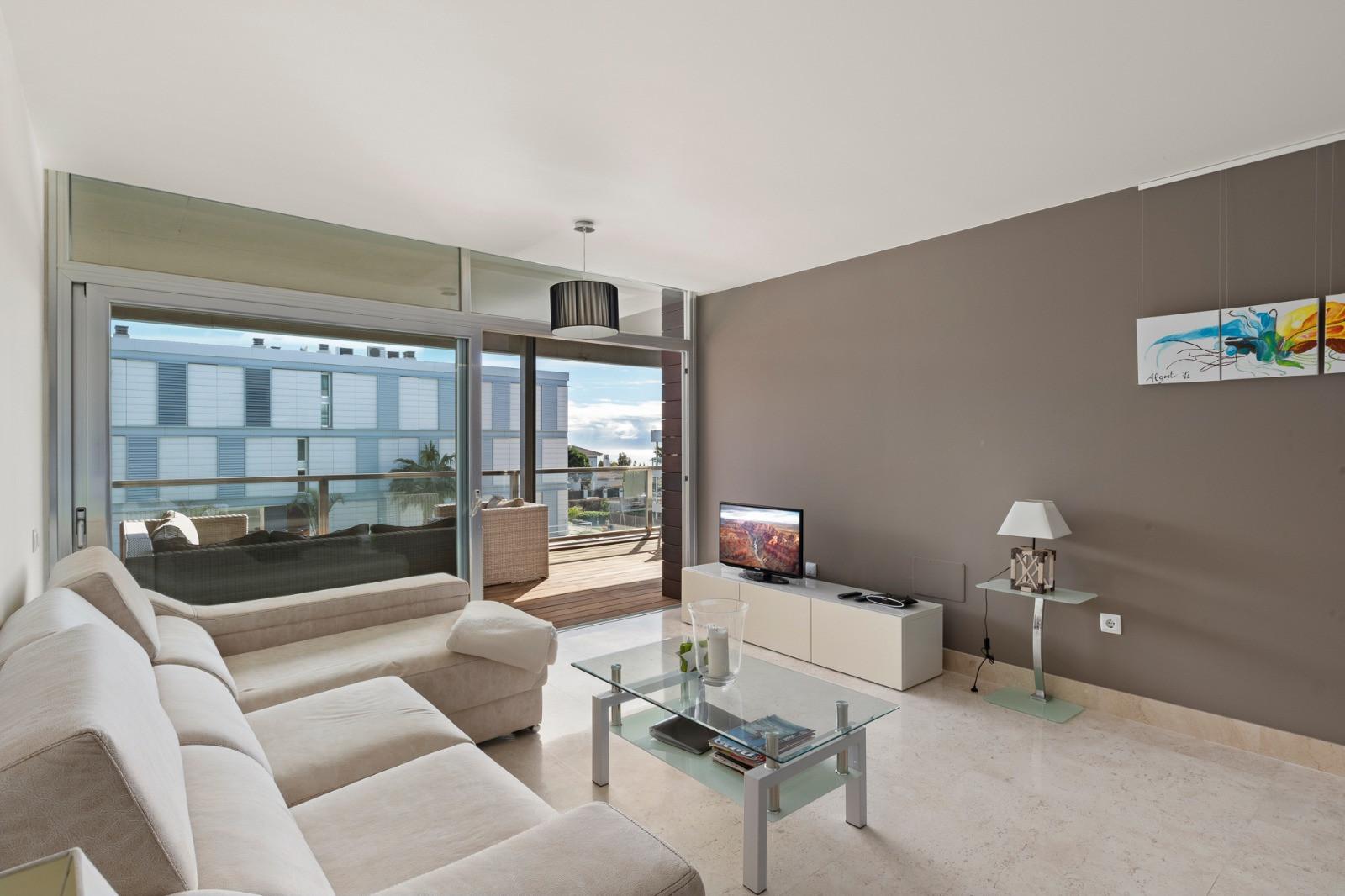 New apartment in closed urbanisation close to the sea in Manilva