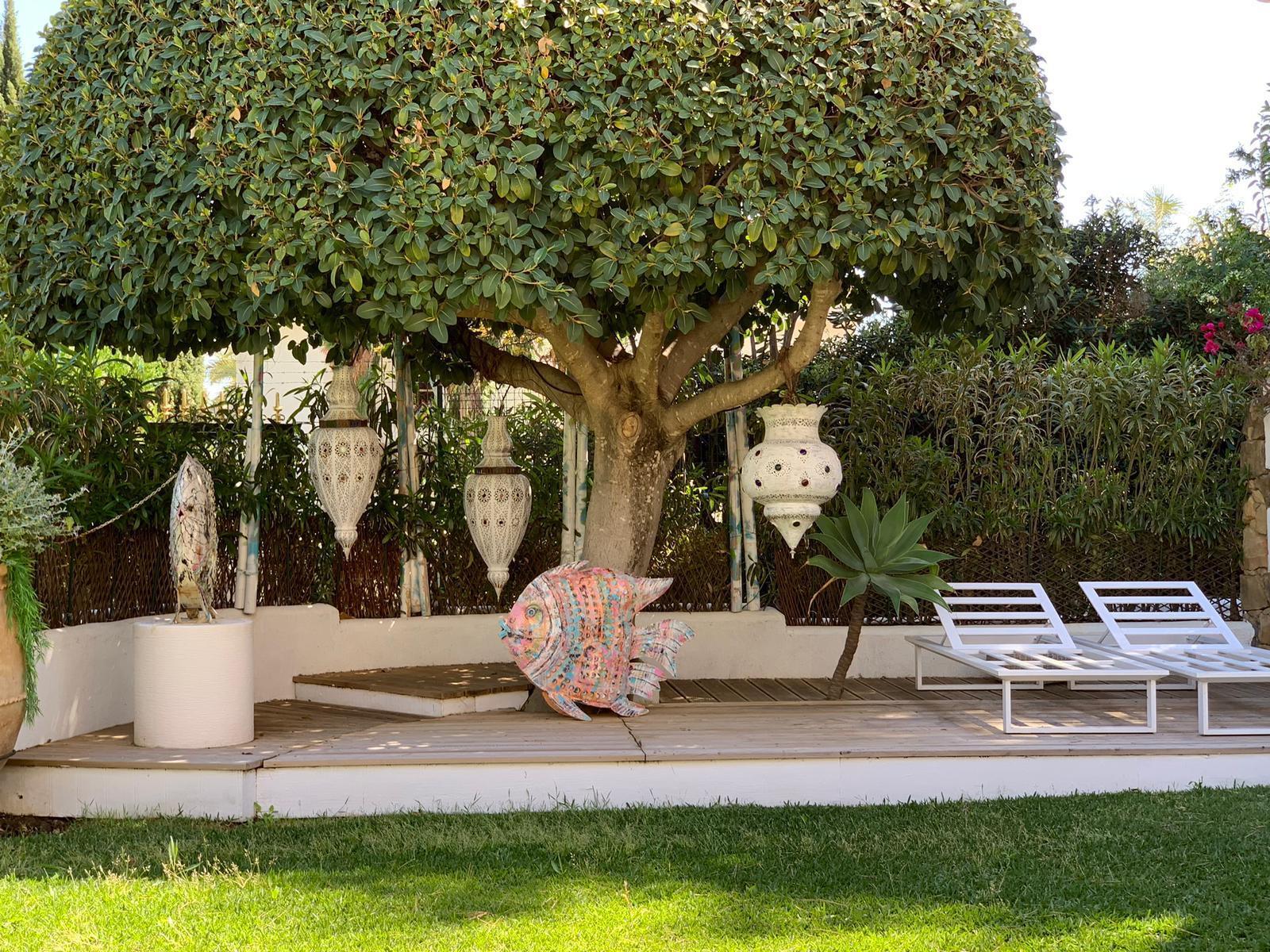 Astonishing renovated open plan garden home in Marbella Golden Mile