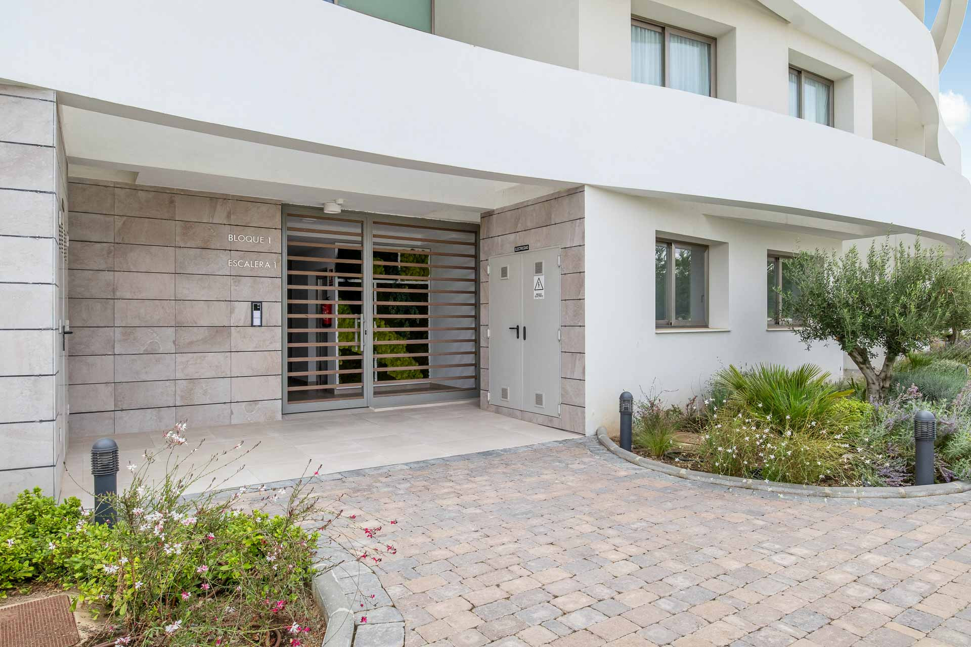 Extraordinary penthouse with seaview, walking distance to the beach in Mijas Costa