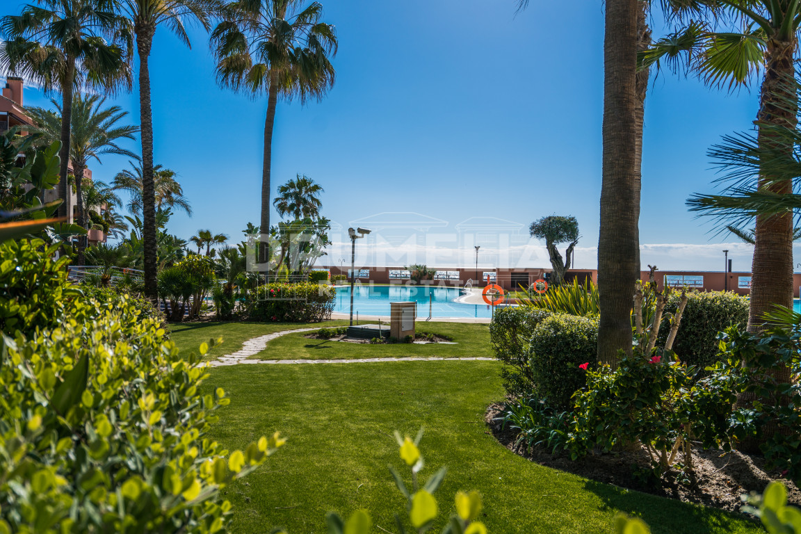 Marbella - Puerto Banus, Outstanding Garden Level Apartment in Malibu, Puerto Banus, Marbella