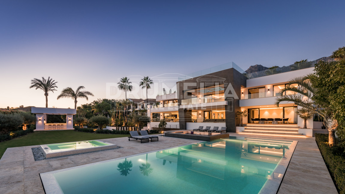 Marbella Golden Mile, New-build Unique Luxury Contemporary Villa, Sierra Blanca, Golden Mile (Marbella)