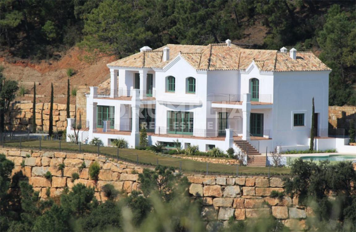 Benahavis, Superb villa in Marbella Club Golf Resort