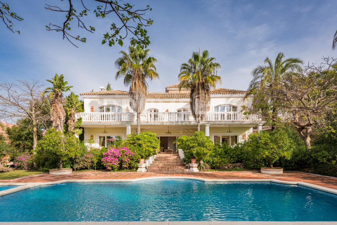 Marbella Golden Mile, Majestic Villa in Nagüeles
