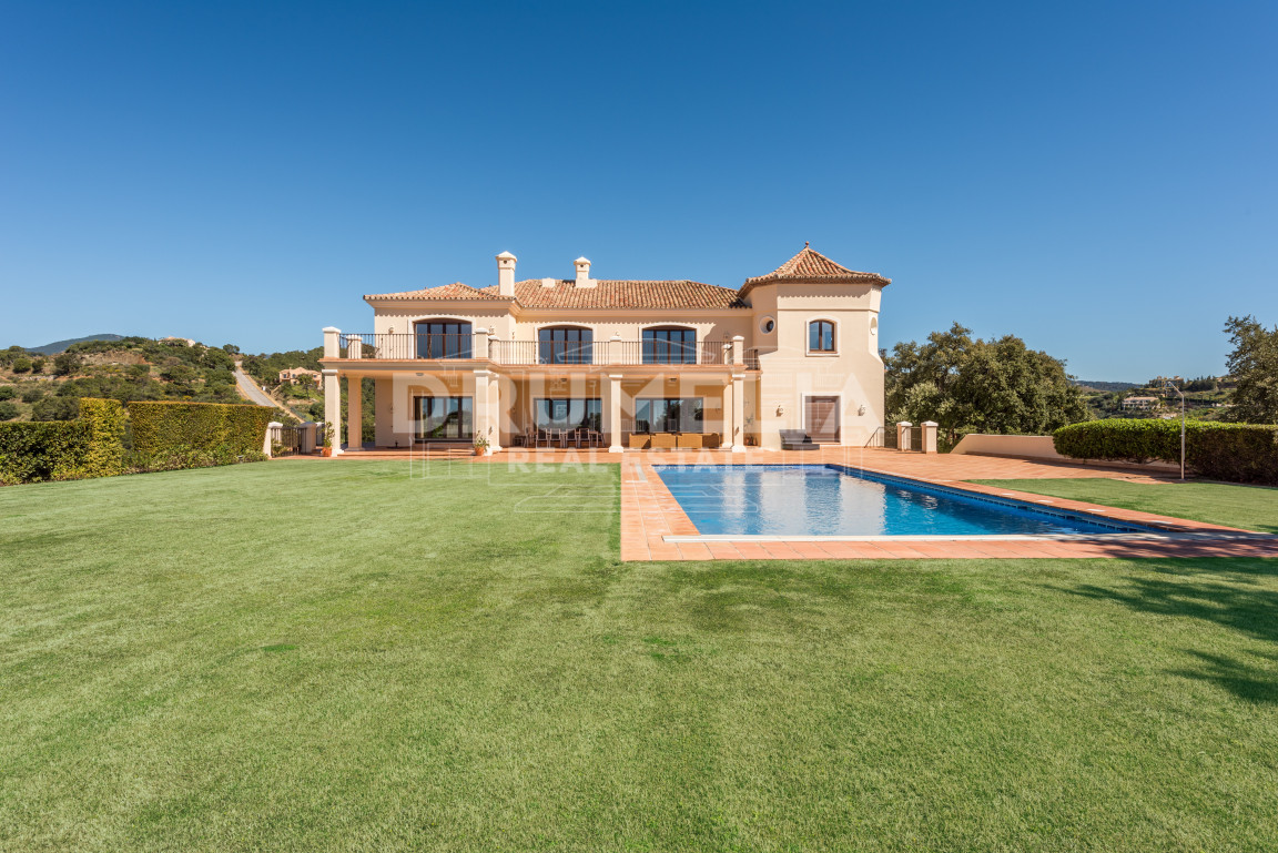 Benahavis, Magnificent Villa in Marbella Club Golf Resort, Benahavis