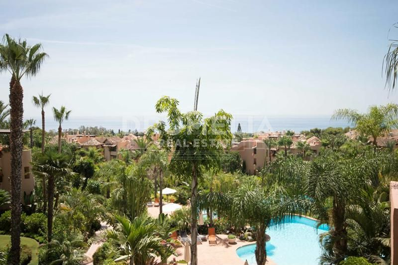 Superb Luxury Penthouse, Mansion Club, Marbella Golden Mile (Marbella)