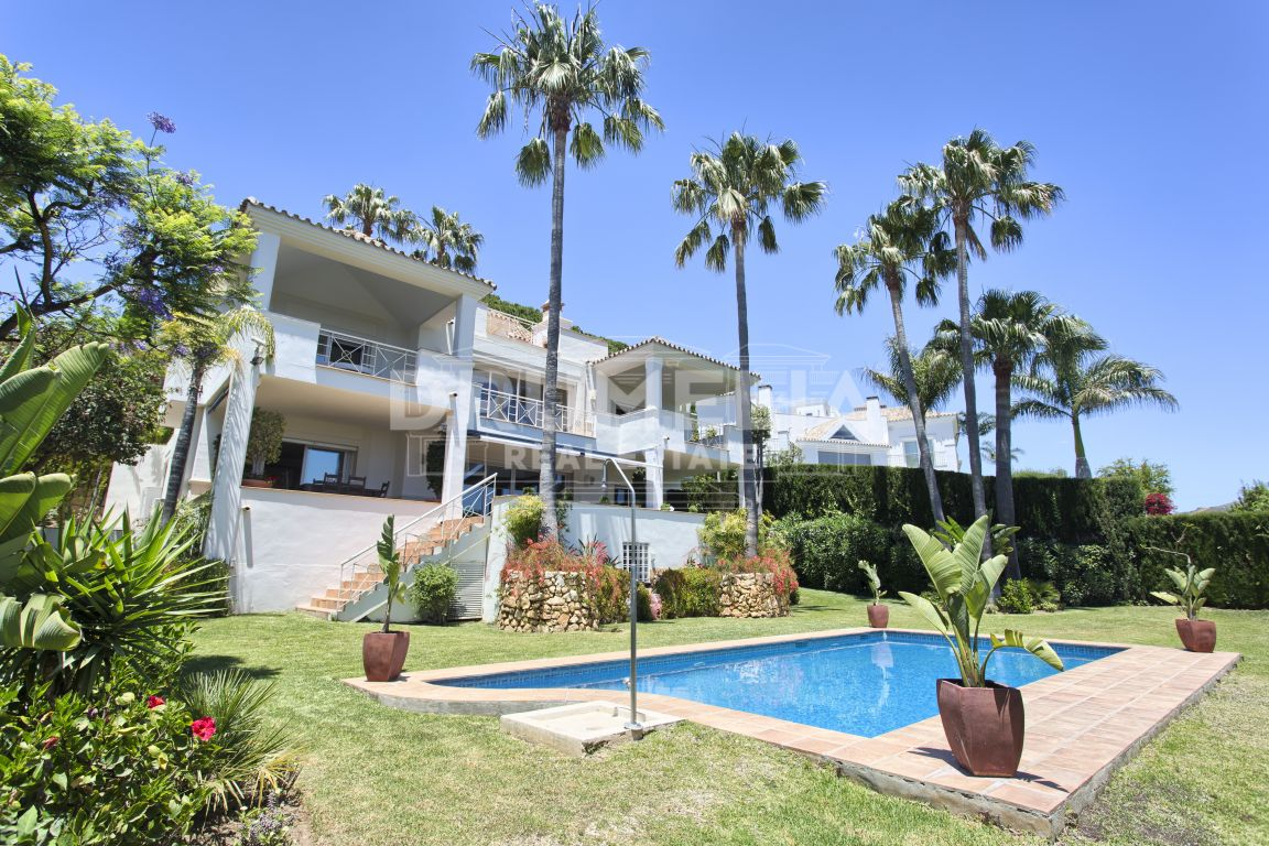 Charming Luxury Villa, Rio Real Golf, Marbella East (Marbella)