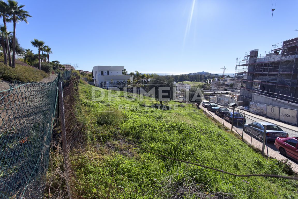 Benahavis, Excellent plot for construction, La Alqueria, Benahavis