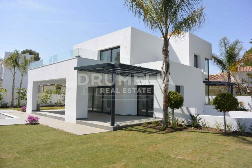Benahavis, Brand New Contemporary Sleek Villa, Benahavis