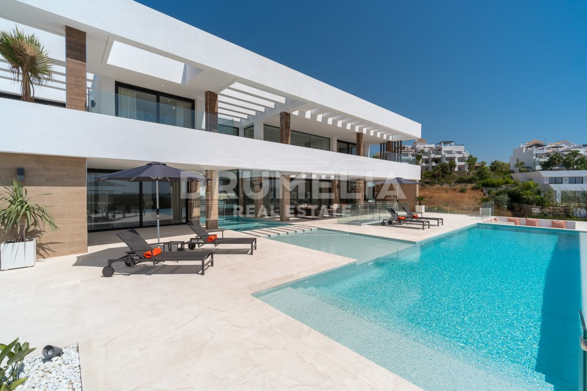 Benahavis, Captivating Brand-New Luxury Contemporary Style  Villa, La Alqueria, Benahavis