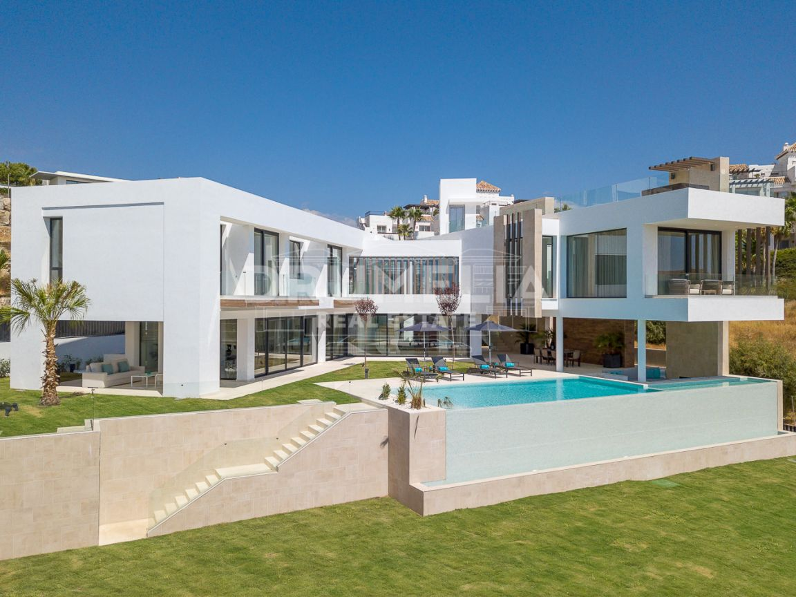 Benahavis, Brand-New Fascinating Contemporary Luxury Villa, La Alqueria, Benahavis