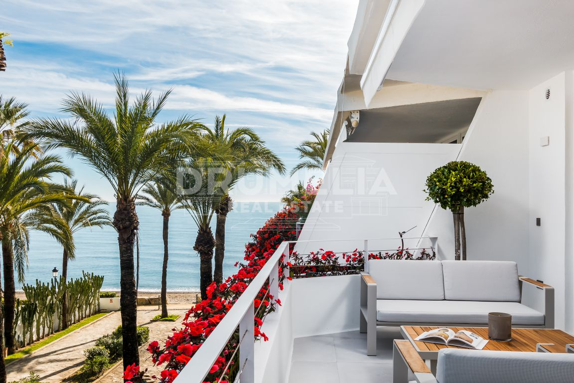 Marbella Golden Mile, Stunning Beachfront Luxury Apartment, Port Oasis, Marbella Golden Mile (Marbella)