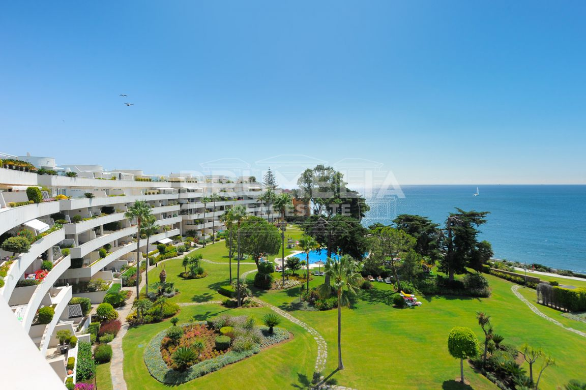Estepona, Unique Frontline Beach Luxury Duplex Penthouse with Stunning Panoramic Views, Los Granados Playa, Estepona