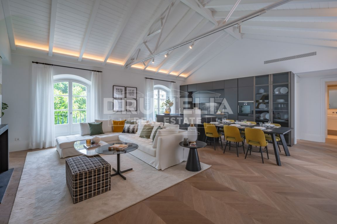Penthouse for sale in Marbella Golden Mile, Marbella