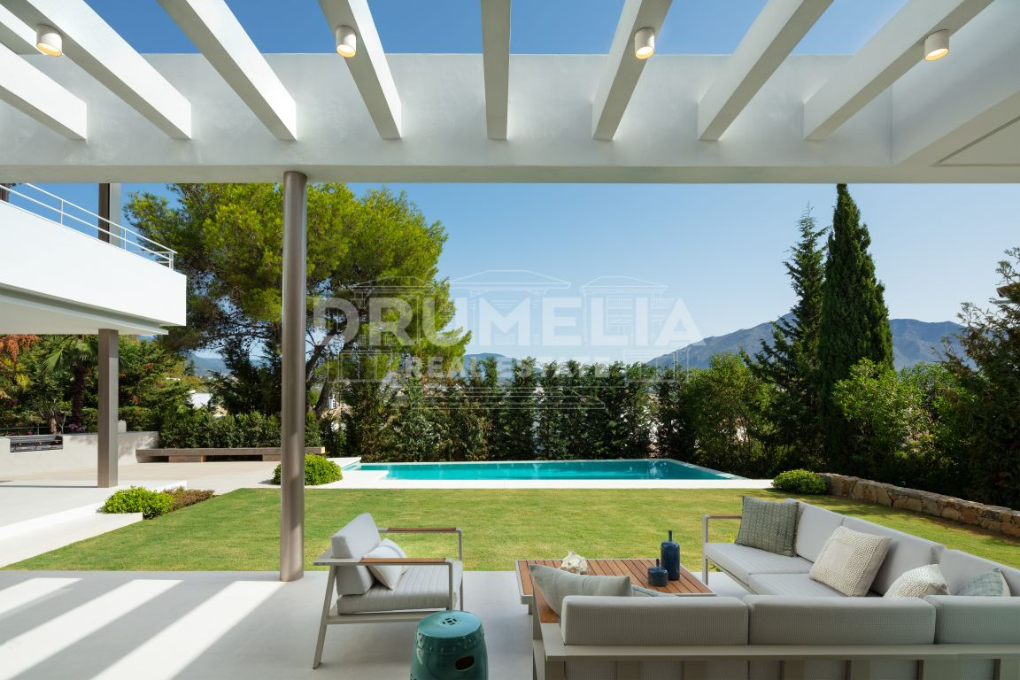 Brand New Villa in The Heart of Nueva Andalucia