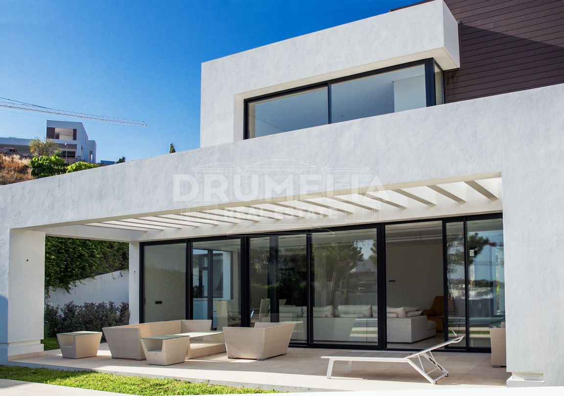 Benahavis, Luxury Modern Villa in Capanes Sur (in development)