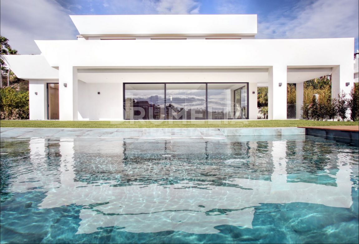 Benahavis, Stunning Contemporary New Villa La Alqueria, Benahavis
