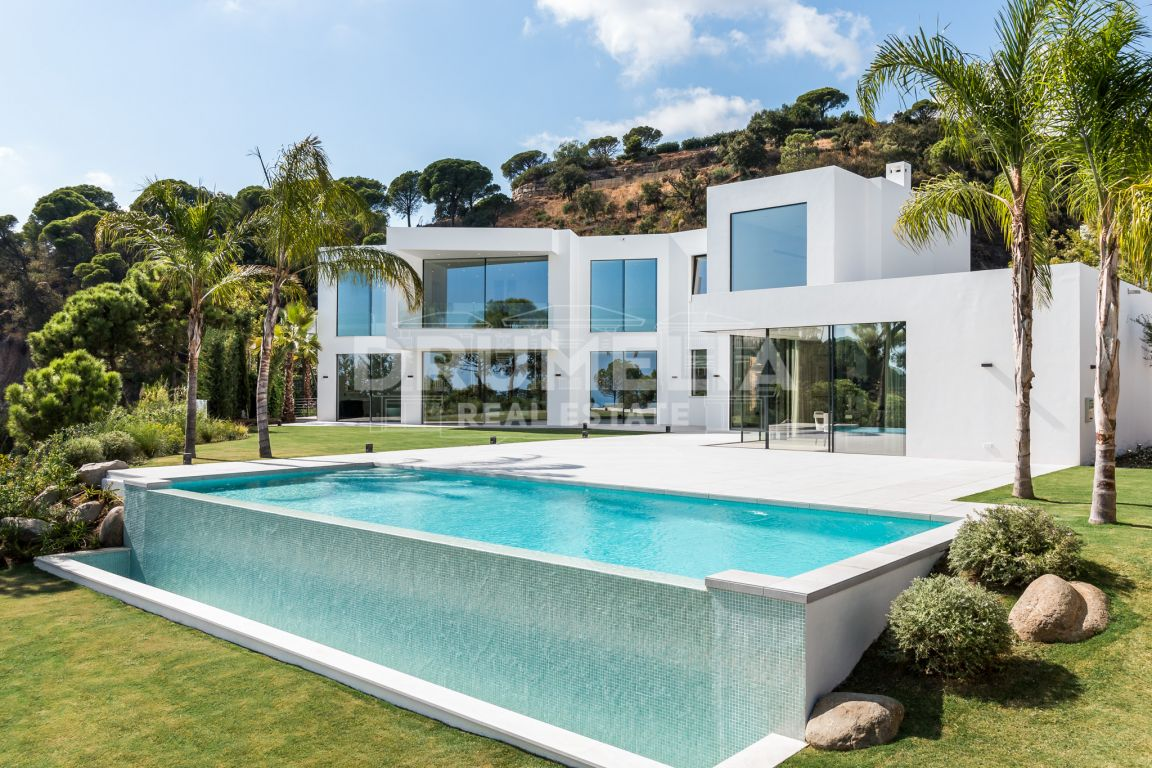 Benahavis, New Stunning Luxury Сontemporary Villa, El Madroñal, Benahavis