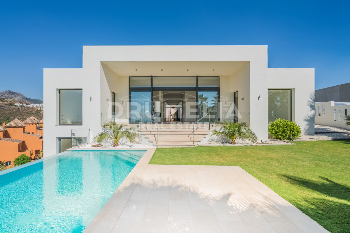 Benahavis, Stylish Brand New Contemporary Villa, La Alqueria, Benahavis