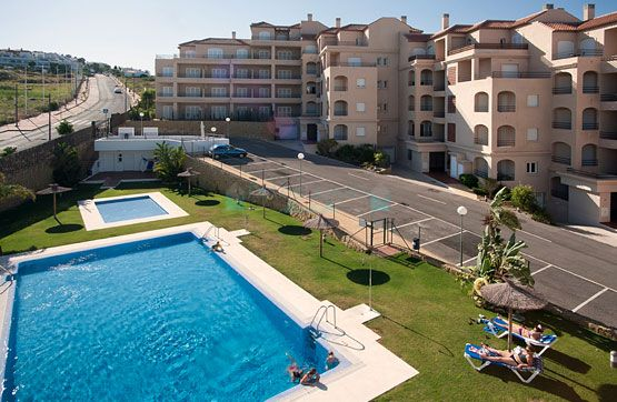Nice apartment with sea views for sale in Manilva, Costa del Sol