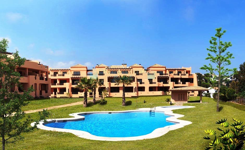 Luminous ground floor apartment for sale in Casares Beach, Costa del Sol