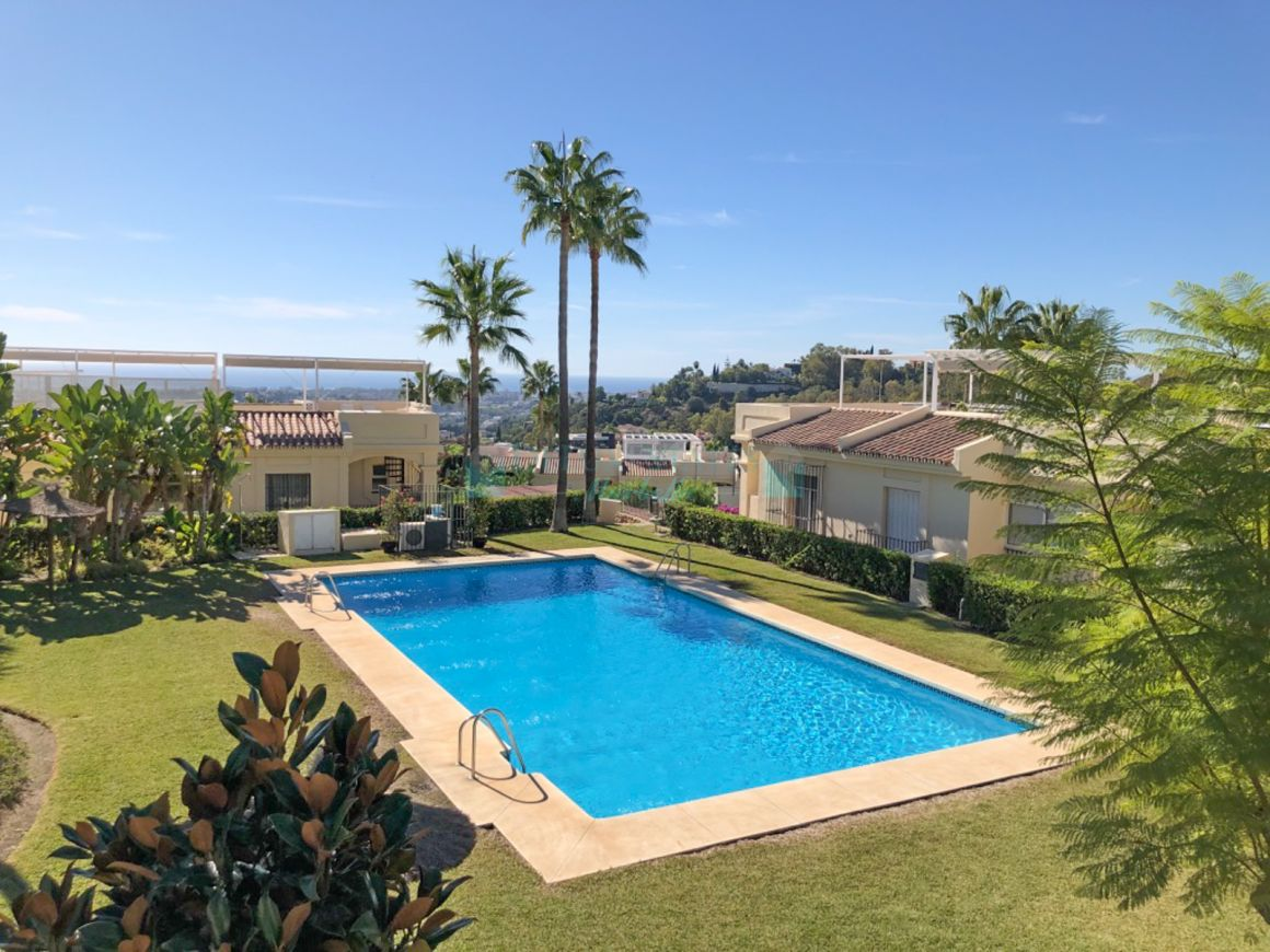 Beautiful 2 Bedroom Duplex Penthouse is located in the prestigious urbanization La Quinta Hills offers best views on the Costa del Sol over the golf courses, mountains and sea.