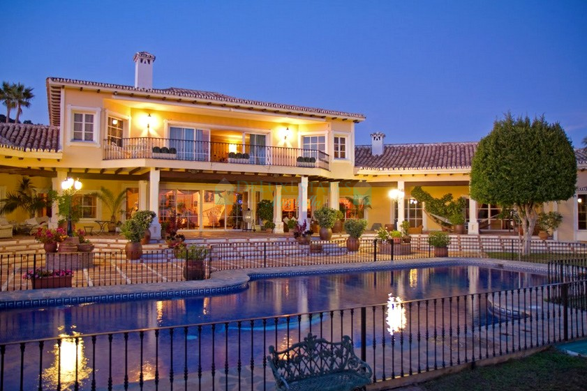 Exclusive enormous Mediterranean villa in a prestigious location