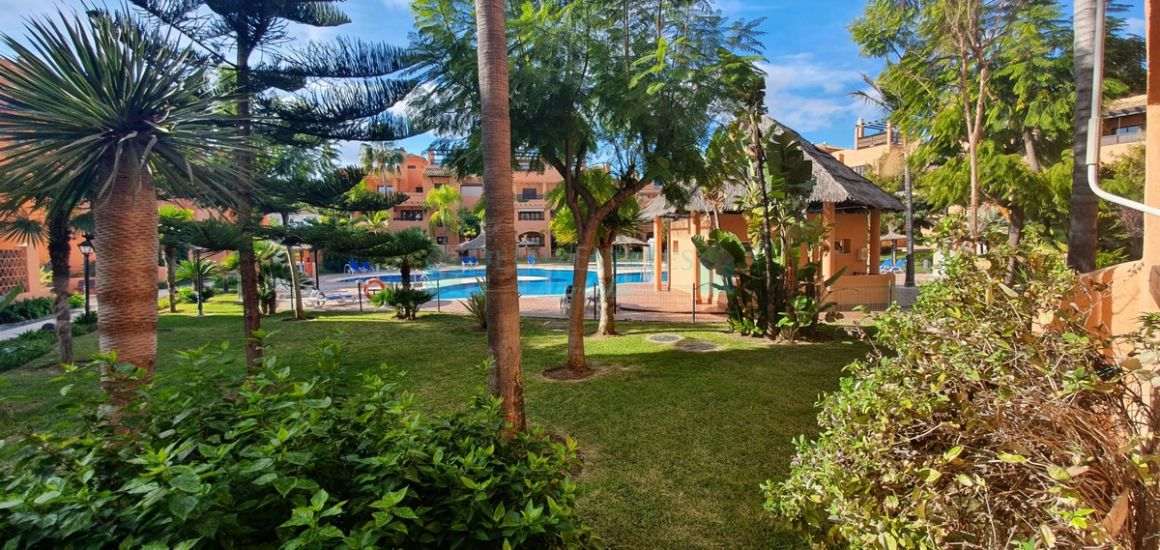 Ground Floor Apartment for sale in  Benamara, Estepona