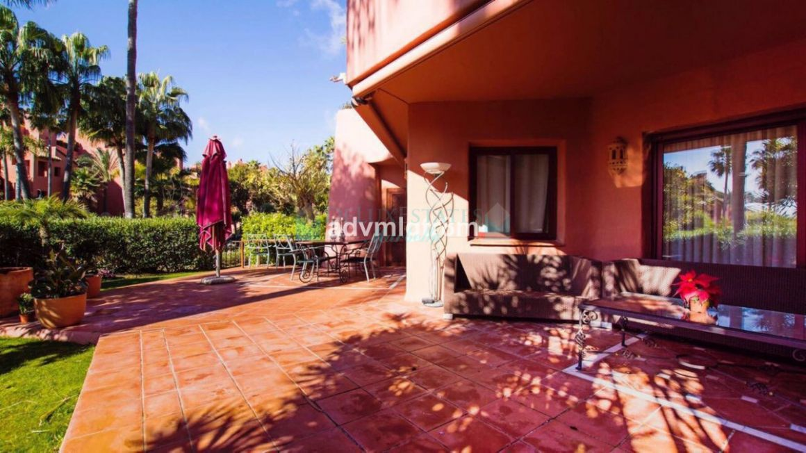 Ground Floor Apartment for rent in  New Golden Mile, Estepona