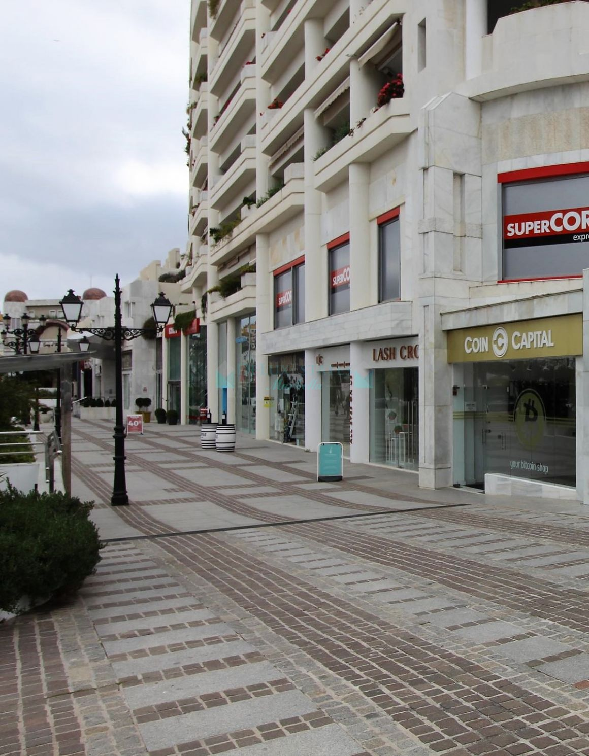 Office for rent in Marbella - Puerto Banus