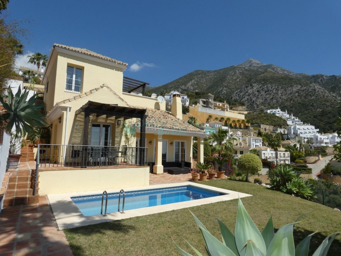 Villa for sale in Istan