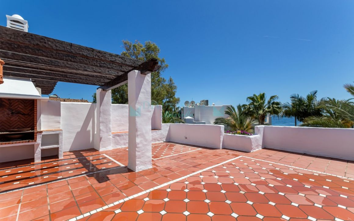 Penthouse for rent in Marbella - Puerto Banus