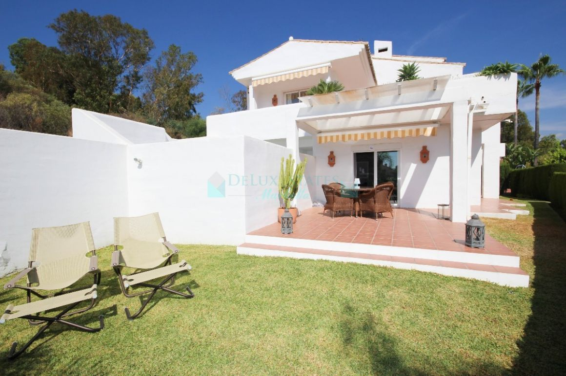 Semi Detached Villa for sale in  La Quinta, Benahavis