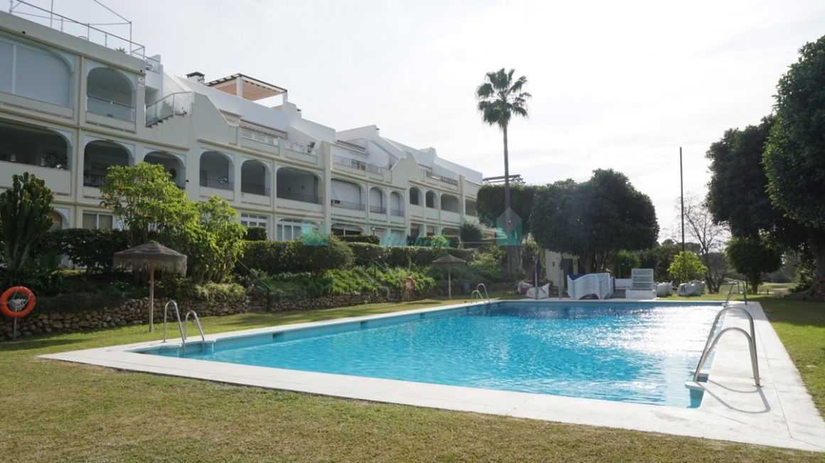 Apartment for sale in  La Quinta, Benahavis
