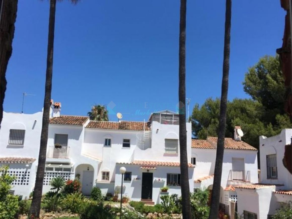Town House for sale in  Bel Air, Estepona