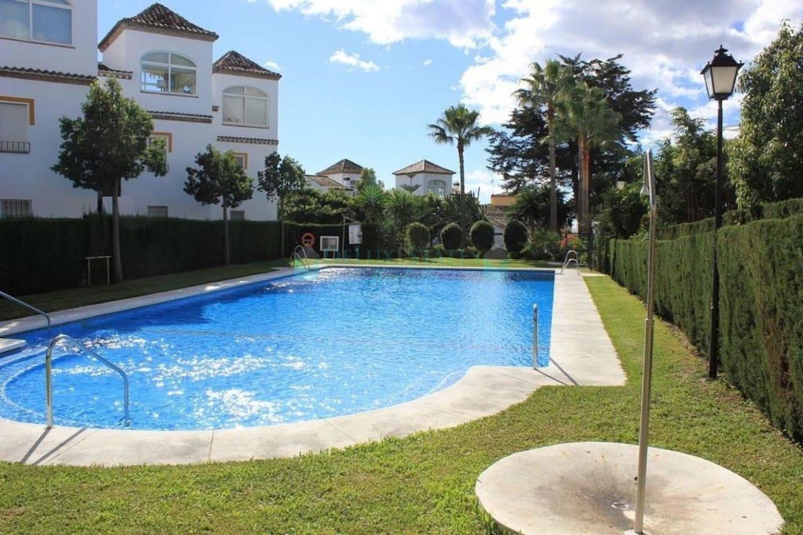 Ground Floor Apartment for sale in  Costabella, Marbella East